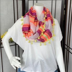 Accessories - Infinity tassel scarf